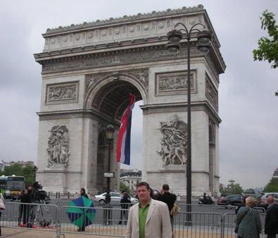 Aaron Bulkley Champs Elysees