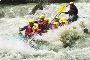 white water rafting in interlaken switzerland