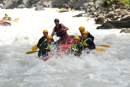 aaron bulkley - white water rafting in interlaken switzerland