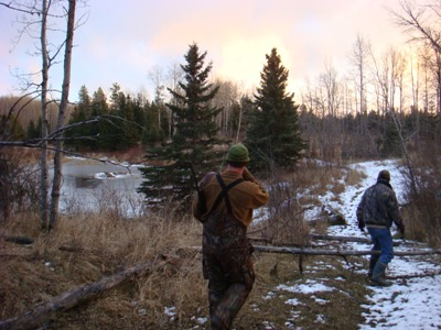 Aaron Bulkley - Hunting the woods of Alberta, Canada